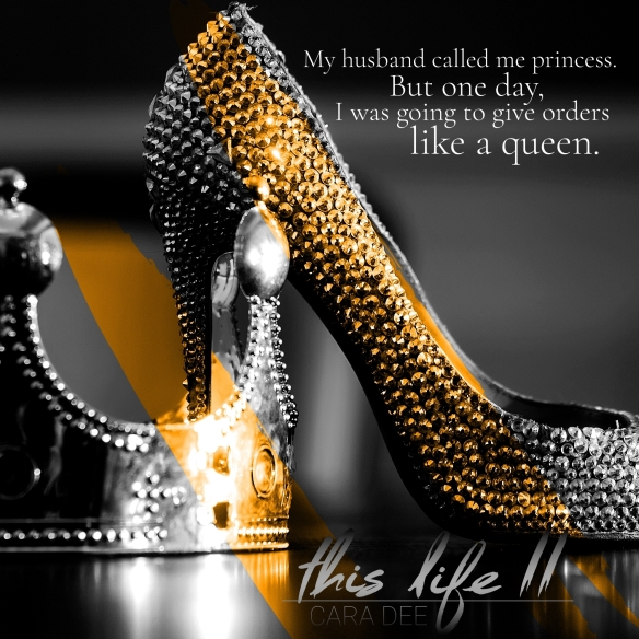 Glamour Shoe And Crown